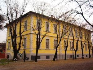 Via Flero - Brescia - Soluzione umidità risalita piano terra edificio scolastico
