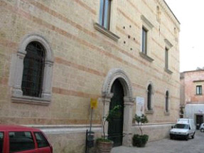 Alessano - Lecce - Soluzione problema umidità sulle pareti di edifici storici con deumidificazione elettrofisica