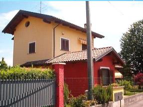 Candelo - Biella - Eliminare risalita di acqua nei muri abitazione piano terra con giardino