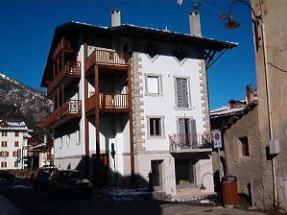 Cesena Torinese - Torino - Piano terra abitazione con problemi di acqua nei muri e umidità di risalita