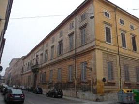 Corso Cavour - Modena - Eliminazione umidità pareti edificio pubblico con deumidificazione elettrofisica