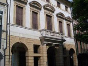 Padova - Risanamento murario eliminazione umidità di risalita edifici storici con deumidificazione elettrofisica