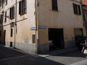 Piacenza - Eliminazione umidità di risalita abitazione privata con deumidificazione elettrofisica