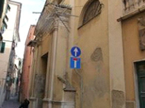 Genova Voltri - Soluzione problema umidità e acqua nei muri con installazione centraline elettriche (deumidificazione elettrofisica)
